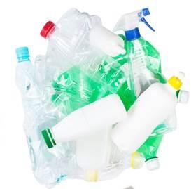 PET-palackok üresen, Kép: laboratorium.hu
