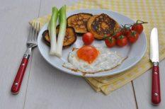 édesburgonya, hétvége, palacsinta, reggeli, tojás