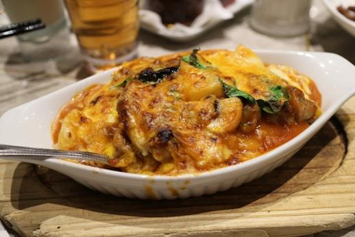 Ananászos csirke, Kép: wikimedia.org