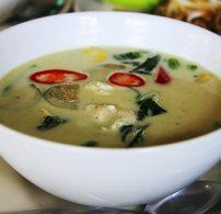 ázsiai, csirke, curry, kókusztej, koriander, thai