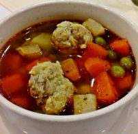 darált hús, húsgombóc, karalábé, tavaszi leves, zöldségleves