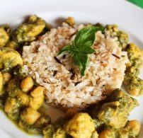 csicseriborsó, csirke, curry, gyömbér, indiai, koriander
