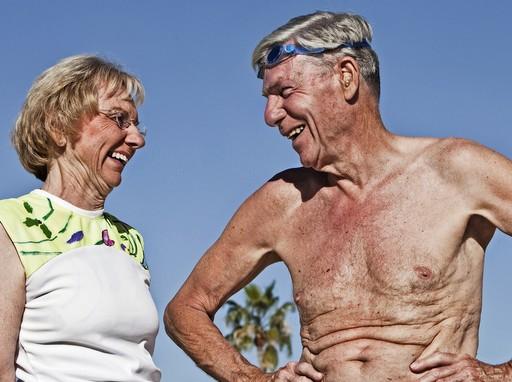 Vidám nyugdíjas pár, Kép: staticflickr