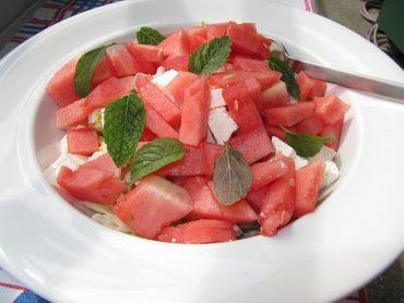 Dinnye-saláta-fetával-Kép-pixabay