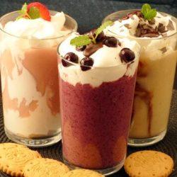 egészséges desszert, gyümölcs, köles, kölestej