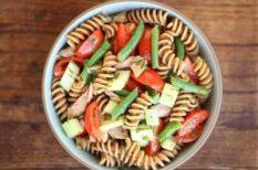 saláta, tészta, tonhal