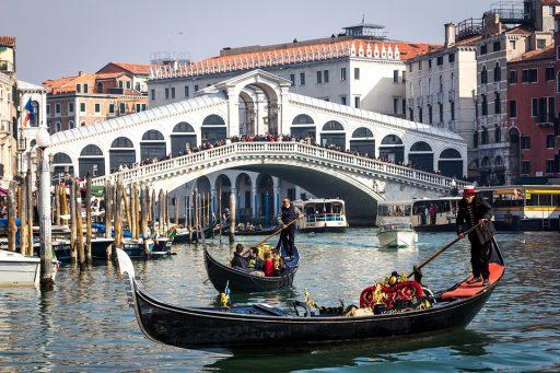 Olaszország (Velence) a párok egyik kedvenc helye  Kép: Pixabay