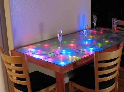 Ledes konyhaasztal, Kép: staticflickr