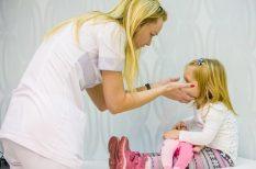 beavatkozás, fejfájás, gyerek, mozgászavar, neurológia, szülő, viselkedészvar