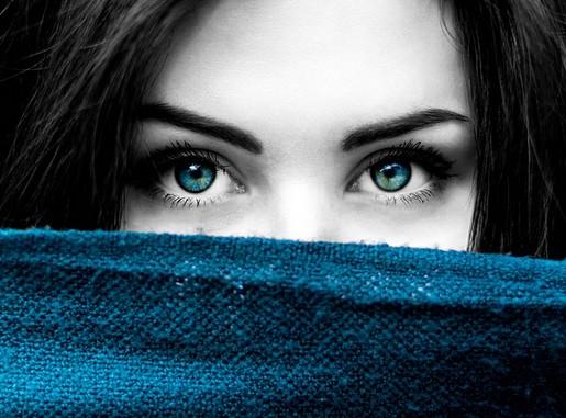 Lány szemközeli, Kép: pixabay