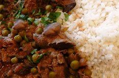 csirkemáj, máj, rizs, zöldborsó