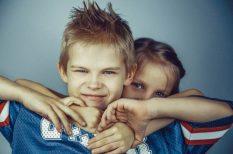 család, féltékenység, nevelés, szülő, testvér