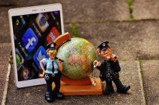 adatbiztonság, internet, kiberbűnözők, programok, vírusok, zaklatás