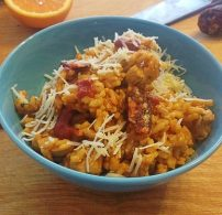arborio rizs, chili, csirke, kolbász, rizottó
