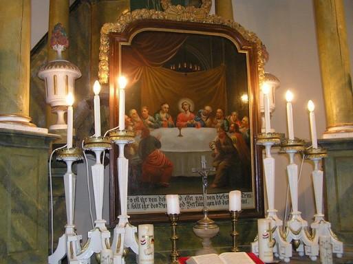 Bikács, a barok evangélikus temlom restaurált oltárképe, Kép: László Márta