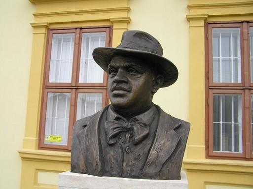 Csók portré, Kisfaludi Stróbl Zaigmond, Kép: László Márta