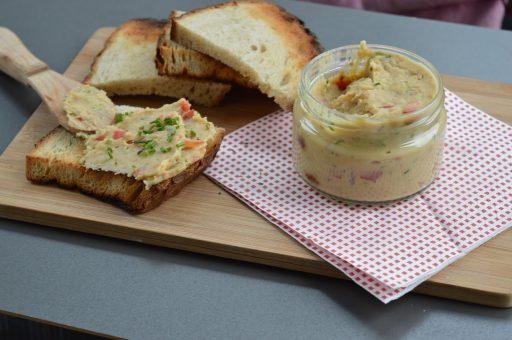 Füstölt halas szendvicskrém, Kép: maxkonyhaja.hu