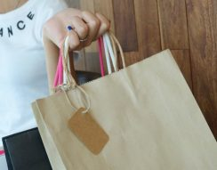 árucikkek, Black Friday, kedvezmények, leértékelés, vásárlás