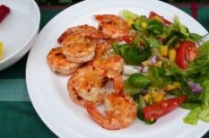 garnéla, királyrák, saláta, ünnepi étel