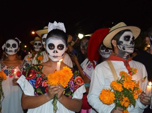 Mexikói felvonulás halottak napján, Kép: DoQ