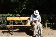 egészségügyi ellátás, idősek otthona, költségek, nyugdíj, szolgáltatások