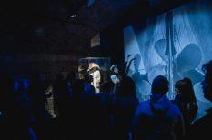 kiállítás, kutató, titanic, zseblámpa