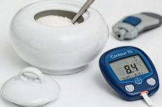 diabetológus, életvitel, étkezés, ingadozó szint, inzulin, stressz, vércukorszint