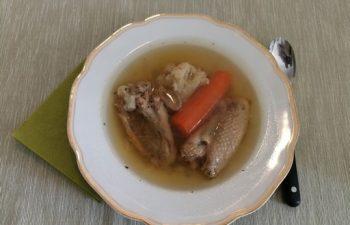 erő, gyöngytyúk, influenza, leves, tavaszi fáradtság, ünnepi menü