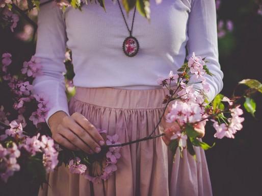 Lila ruhás összeállítás, Kép: Premier Outlet