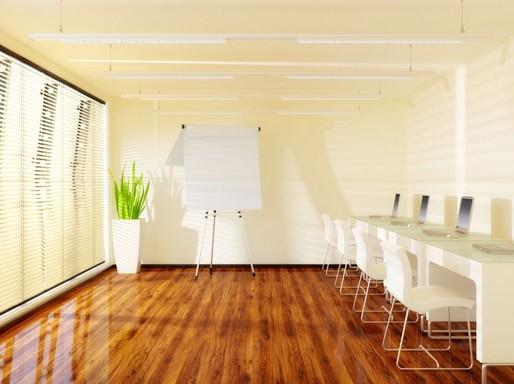 Az illékony szerves vegyületek közé tartozó formaldehid forrásai lehetnek többek között a bútorok, a parketta és egyéb építési anyagok is, Kép: laboratorium.hu