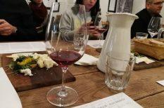 bikavér, bor, borkostoló, húsvéti ajálnat, különlegesség, ünnepi asztal