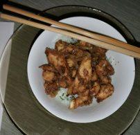 csirke, fehérbor, kínai konyha, kukoricaliszt, póréhagyma