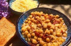 csicseriborsó, gyömbér, kurkuma, reszelt sajt