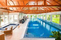 ház, ingatlanpiac, medence, mesterséges tófürdő, wellness