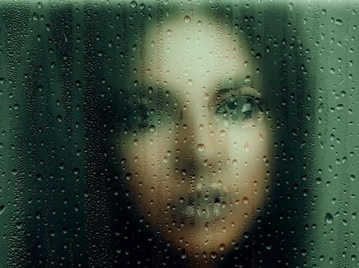 Női arc homályosan, Kép: pixabay