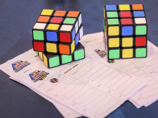 Rubik-kockák, Kép: Red Bull