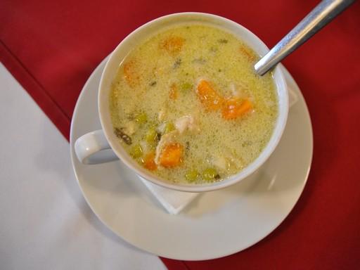 Tárkonyos csirkeragu leves, Kép: wikimedia
