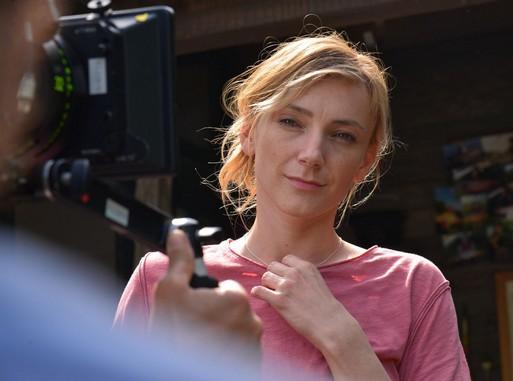 Borbély Alexandra a Spirál forgatásán, Kép: sajtóanyag