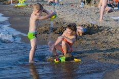 gyerekek, hallójárat, nyár, strandolás, úszófül