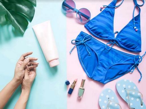 Fürdőruha és nyári kellékek, Kép: Premier Outlet