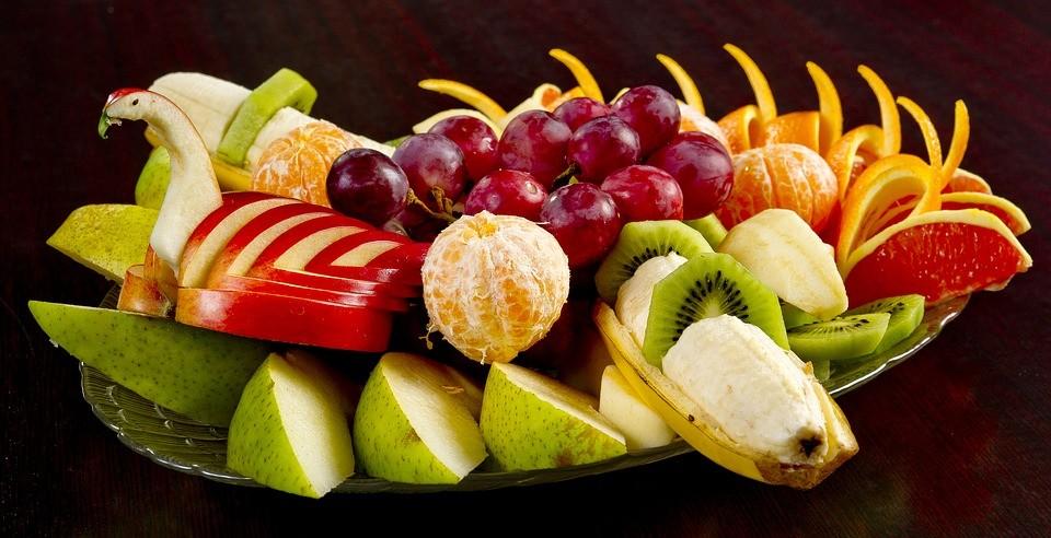 Gyümülcsök szépen felvágva, Kép: pixabay