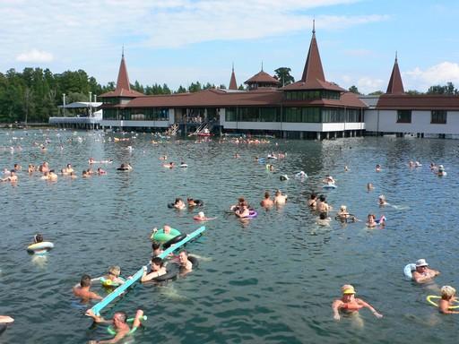 Hévíz, a mágikus tó, Kép: wikipedia