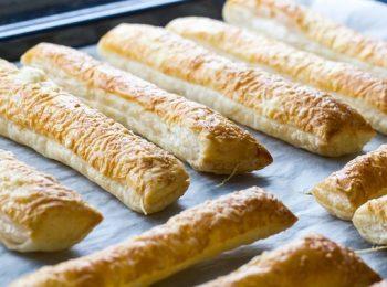 elállós, liszt, sajt, sós süti, vendégváró