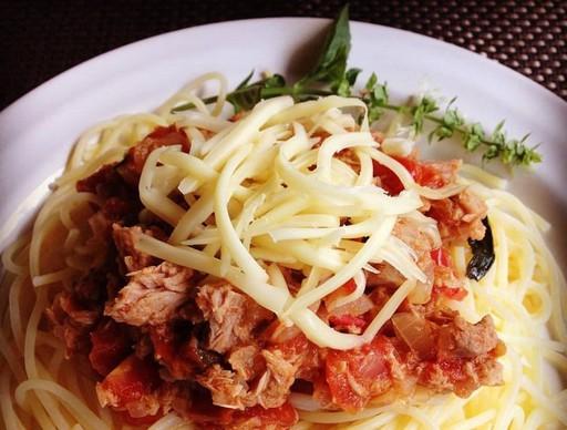 Tonhalas spagetti, Kép: Pammer Lívia