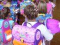 felajánlás, iskolaszerek, iskolatáska, segítség, szeptember, tanév, vásárlás
