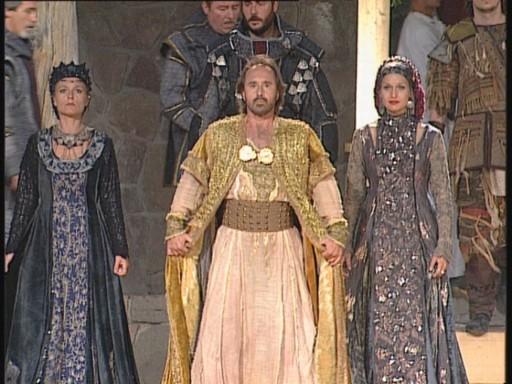 István, a király Csíksomlyón, Kép: zenebutik