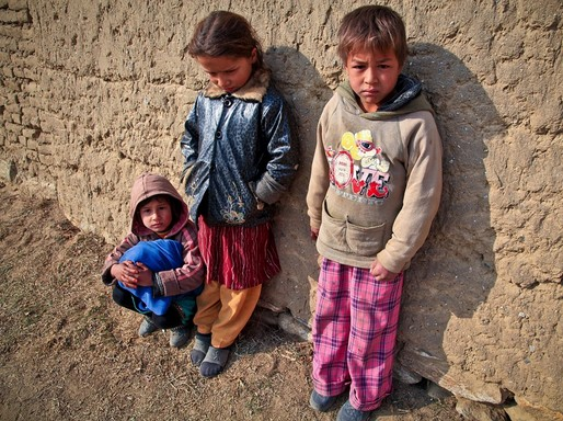 Éhező gyerekek, Kép: pixabay