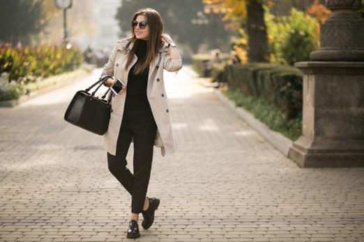 Kabát és táska, Kép: freepik.com