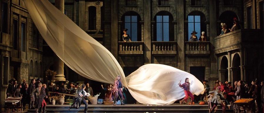 Gounod Romeo és Júlia a MET-ben, Kép: wikipedia