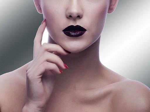 Női arc kifestve, Kép piaxbay